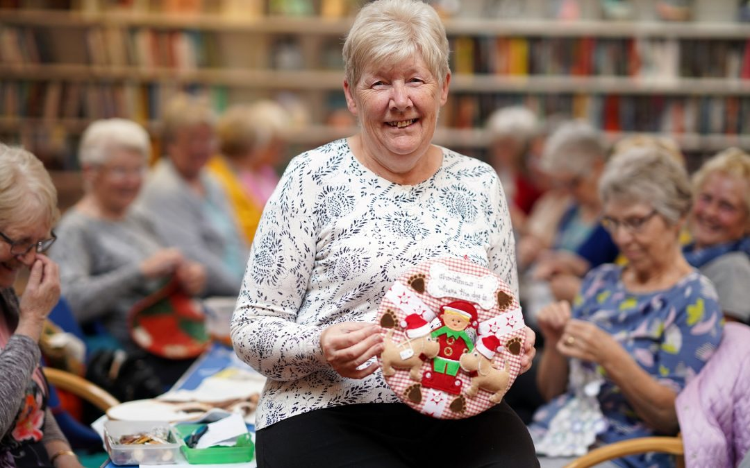 Keen crafter urges people to join creative support group which helped her through cancer