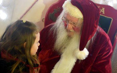 Ho ho ho as Santa Claus comes to Hardwick Park
